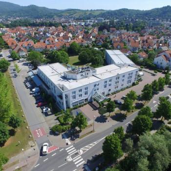 drohnen-luftbilder-drohnenaufnahme-hotel-aeb2
